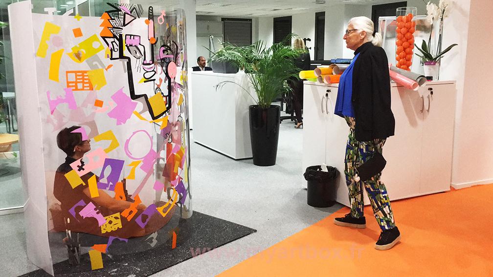 aNa fresque adhesif tube animation inauguration